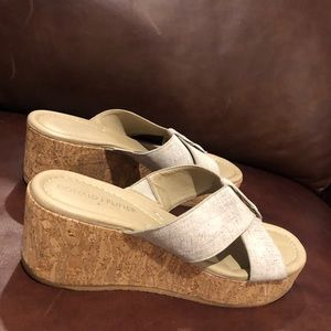 Donald J. Pliner Shina cork wedge sandal 6M